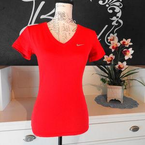 Nike Dri -Fit top in XS slim fit